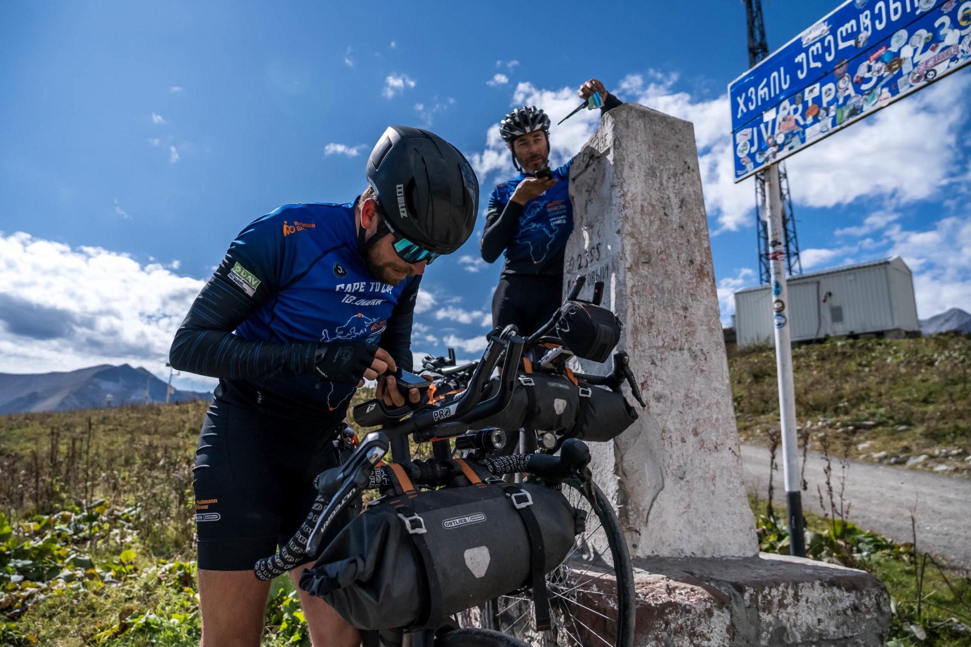 Cape to Cape: Από τη Νορβηγία στη Νότια Αφρική πάνω σε ένα ποδήλατο