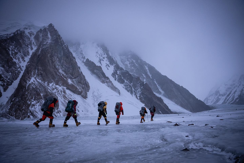Οι Νεπαλέζοι Sherpas που στάθηκαν πρώτοι στην κορυφή του Κ2 χειμώνα!
