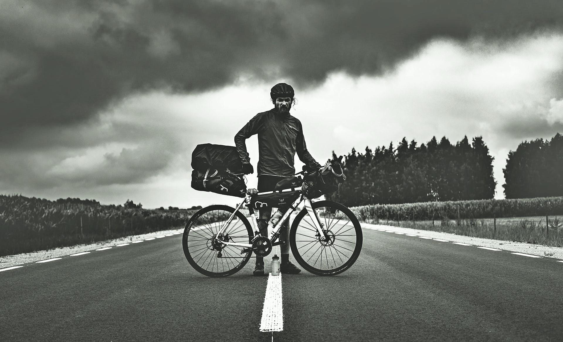 Tι είναι τo bikepacking και γιατί πολλοί δεν το γνωρίζουν